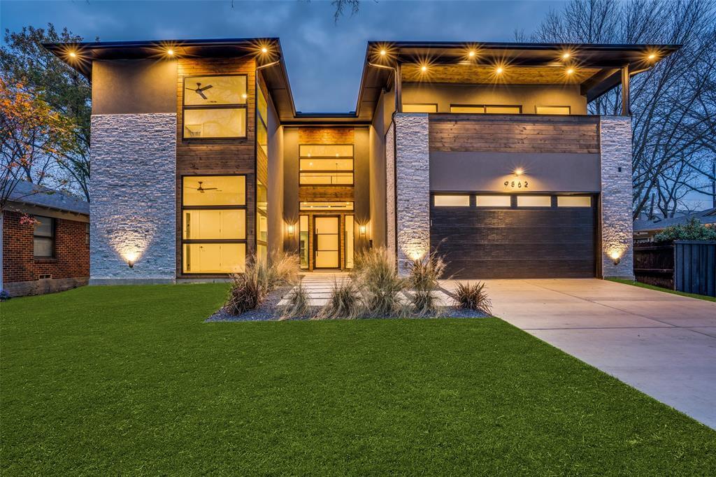 Dallas Neighborhood Home For Sale - $1,215,000