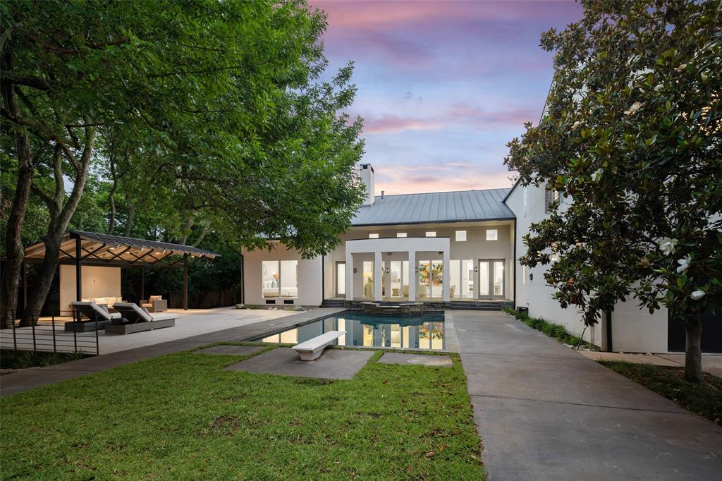 Dallas Neighborhood Home For Sale - $3,550,000