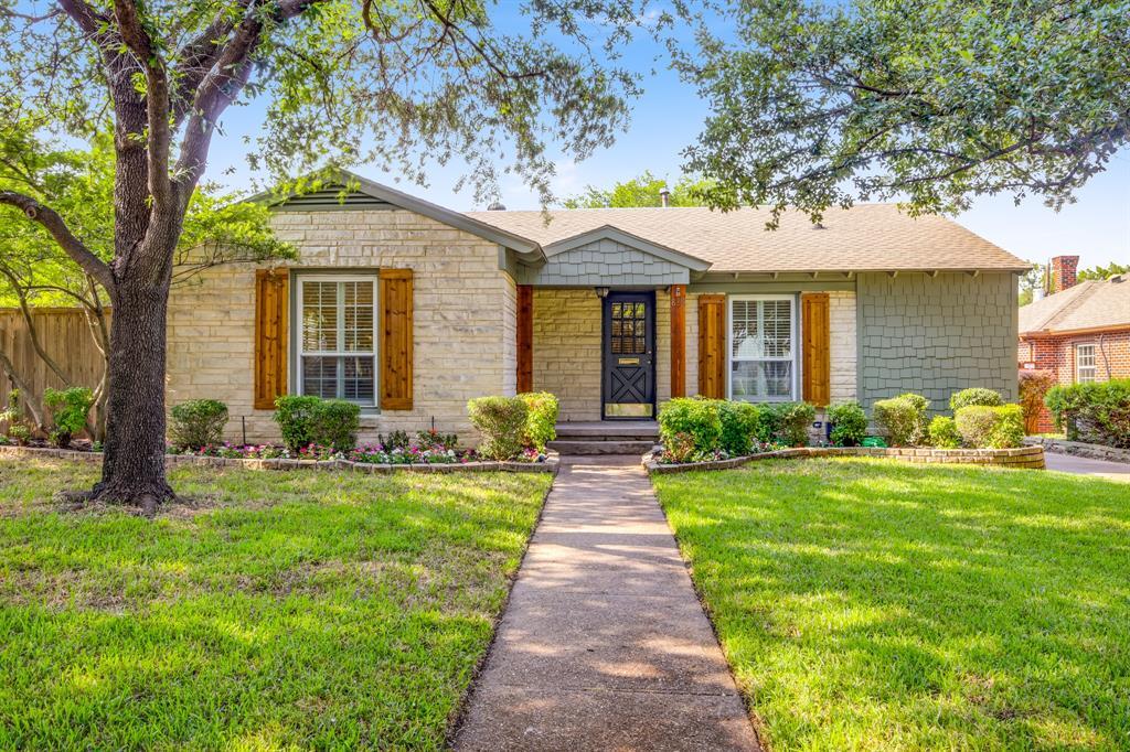 Dallas Neighborhood Home For Sale - $519,900