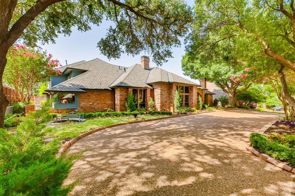 Dallas Neighborhood Home For Sale - $1,000,000