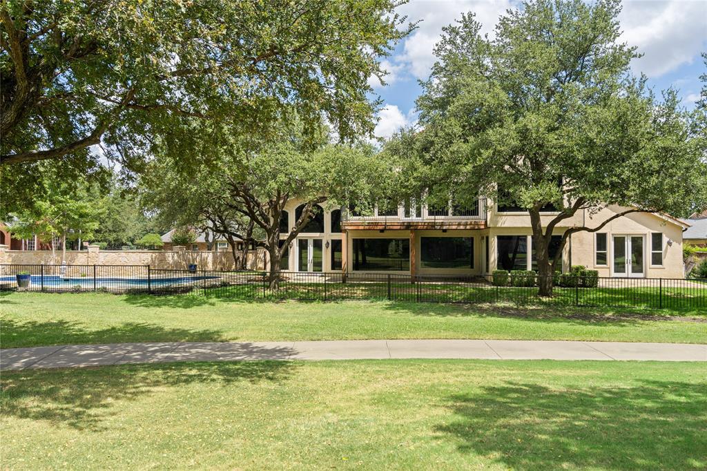 Dallas Neighborhood Home For Sale - $1,749,000