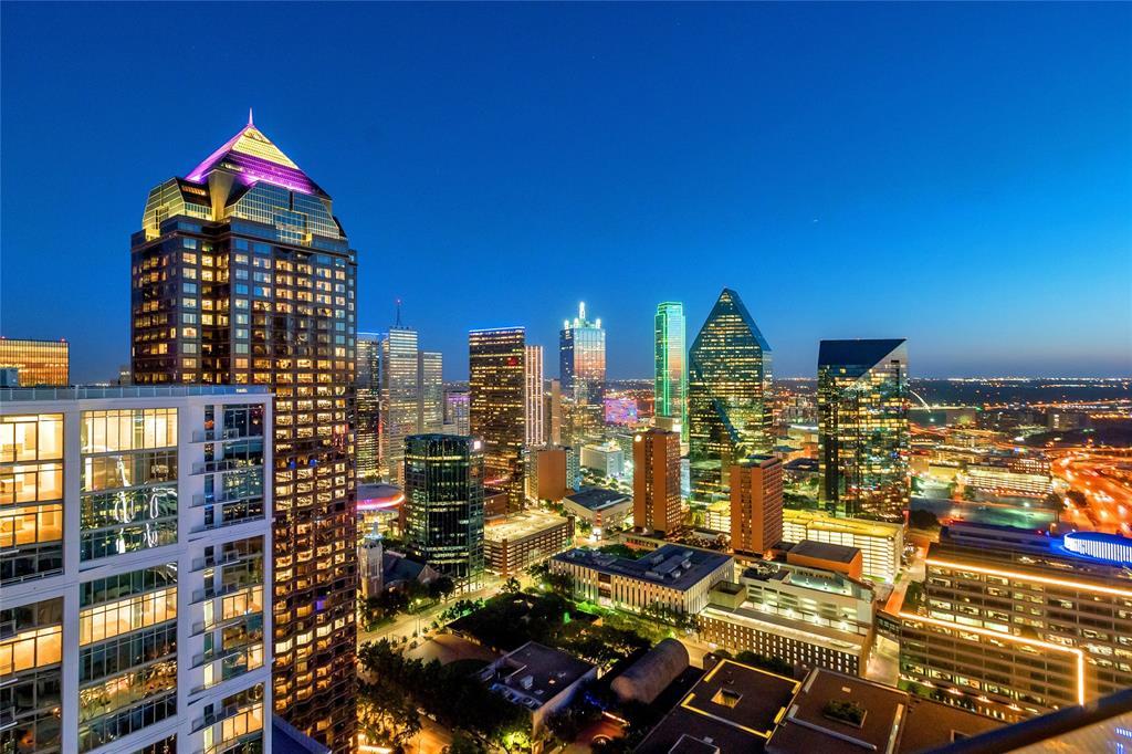 Dallas Neighborhood Home For Sale - $5,750,000