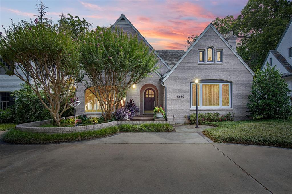 Dallas Neighborhood Home For Sale - $1,795,000