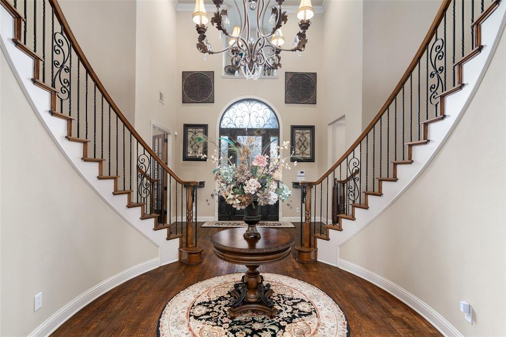 Allen Neighborhood Home For Sale - $1,099,900
