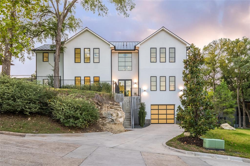 Dallas Neighborhood Home For Sale - $1,985,000
