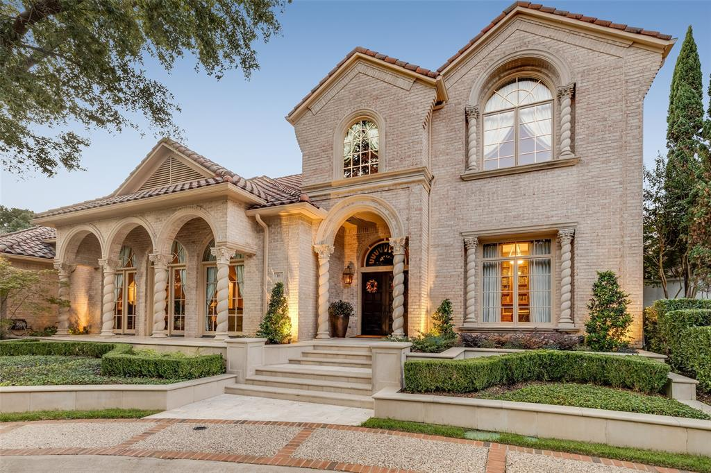 Dallas Neighborhood Home For Sale - $1,699,000