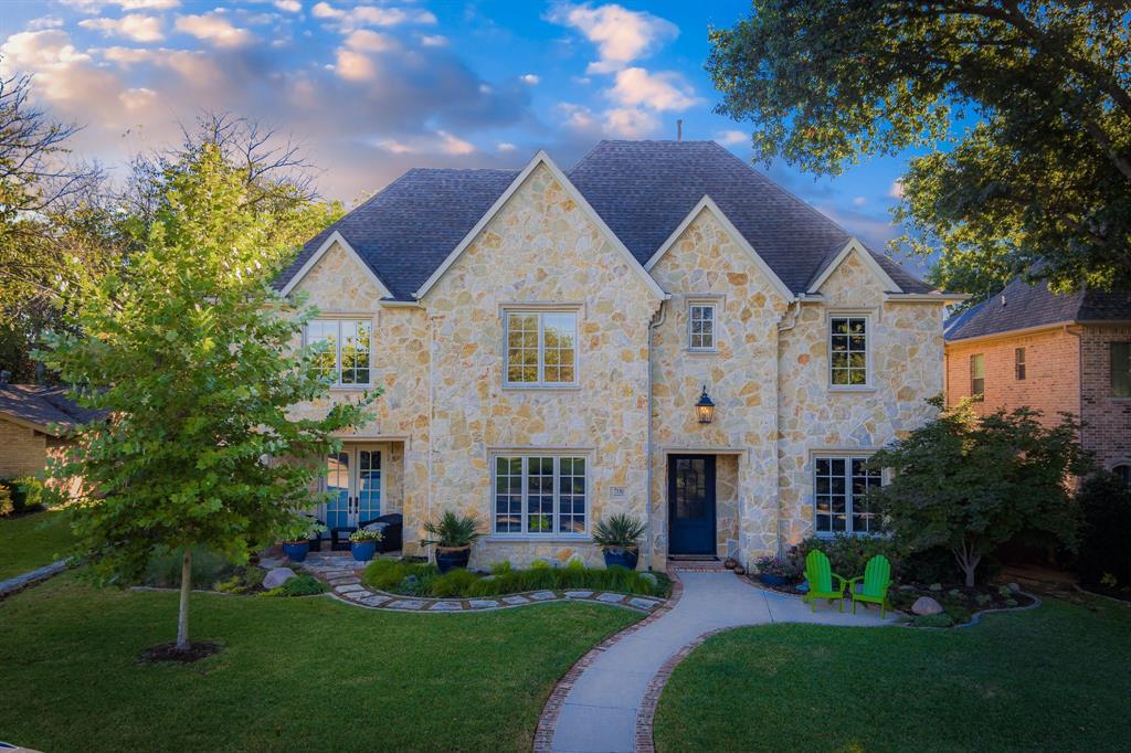 Dallas Neighborhood Home For Sale - $1,525,000